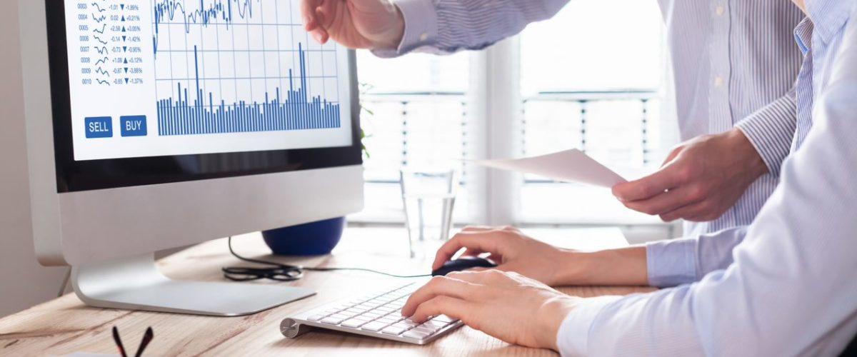 digitalizacion-de-procesos-ordenador-mac-grafico